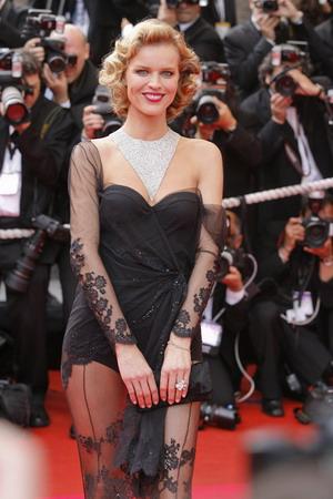 Eva Herzigova w bikini (FOTO)