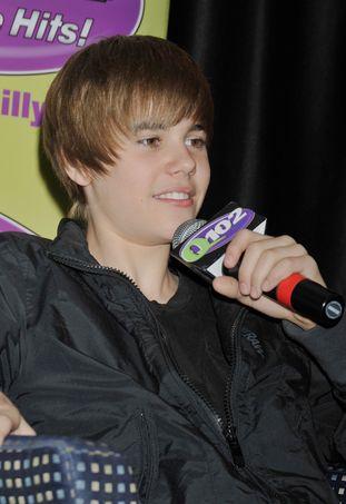 Justin Bieber panuje nad Twitterem