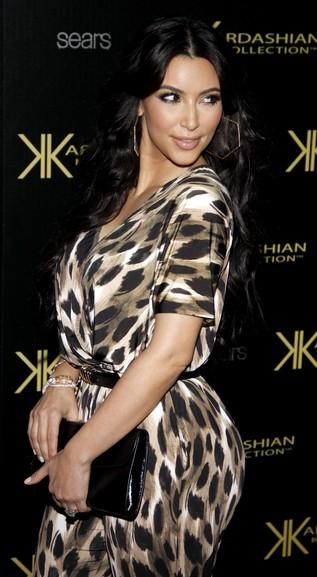 Suknia ślubna Kim Kardashian nie będzie biała
