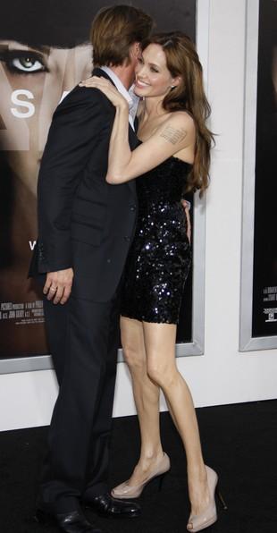 Rzadki widok: Jolie i Pitt na premierze (FOTO)