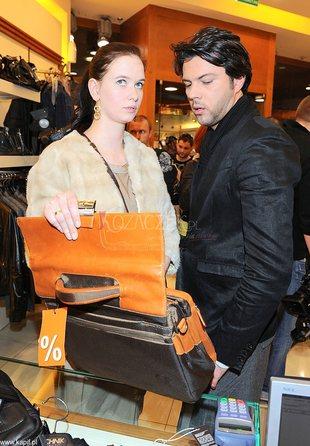 Malinowska i Janiak nie lubią paparazzi (FOTO)