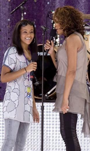 Whitney Houston nie panuje nad córką (FOTO)