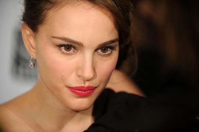 Natalie Portman: Kiedyś paliłam marihuanę