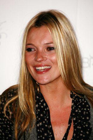 Zapłacą Kate Moss za historię o orgii