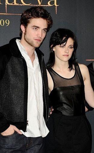 Reżyser Zmierzchu potwierdziła romans Pattinsona i Stewart!