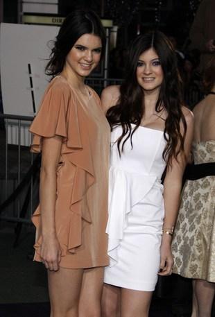 Kendall i Kylie Jenner szukają chłopaków