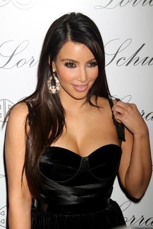 Kim Kardashian i jej niedoskonała cera (FOTO)