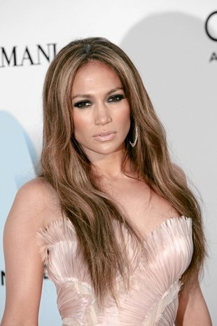 Jennifer Lopez jak królewna na balu (FOTO)