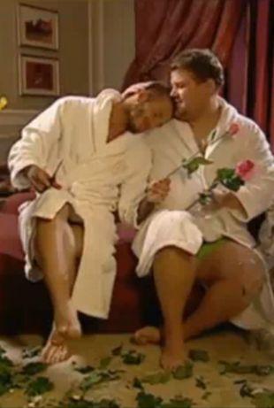David Beckham w łóżku z innym mężczyzną! (VIDEO)