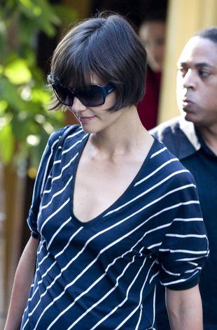 Katie Holmes straciła biust przez Toma (FOTO)