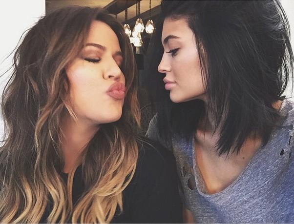 Usta Kylie Jenner podobne do warg Natalii Siwiec?