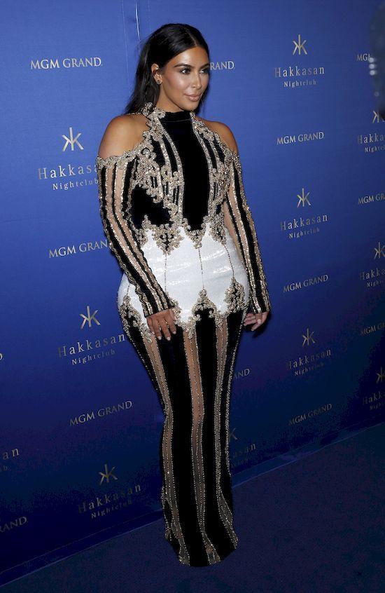 Kim Kardashian nie raz szokowała swoimi wypowiedziami oraz kontrowersyjnymi kreacjami. Teraz jednak przeszła samą siebie.