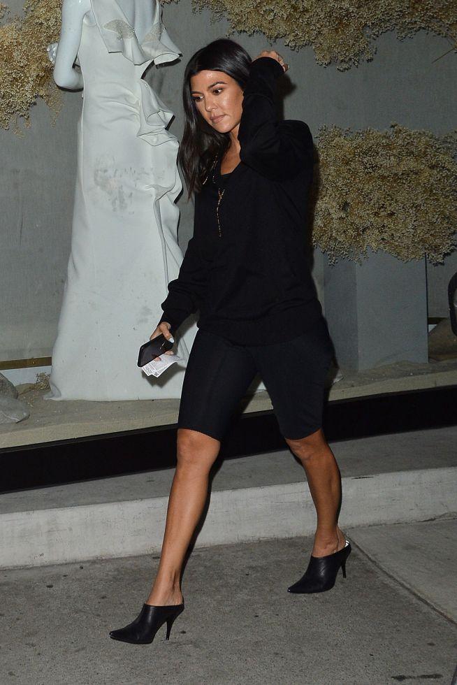 Kourtney Kardashian ZAKOCHANA! Te zdjęcia mówią wszystko!