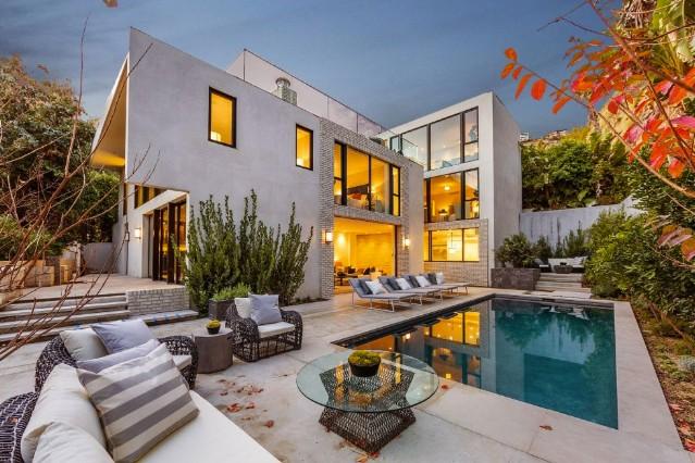 Kendall Jenner ma zaledwie 20 lat i właśnie kupiła swój drugi dom w życiu.