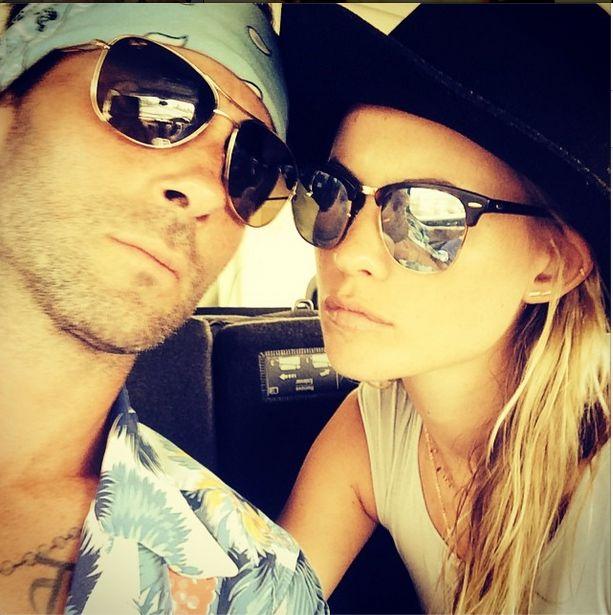 Levine i Prinsloo pokazali zdjęcia z miesiąca miodowego FOTO