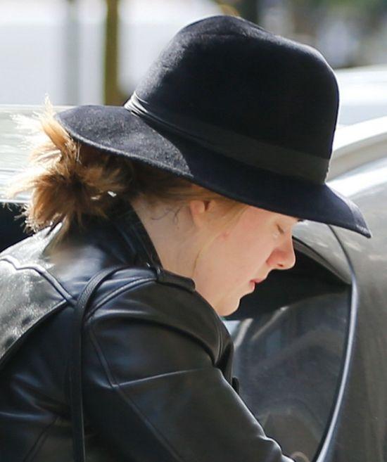 Adele bez makijażu i z synkiem na zakupach (FOTO)