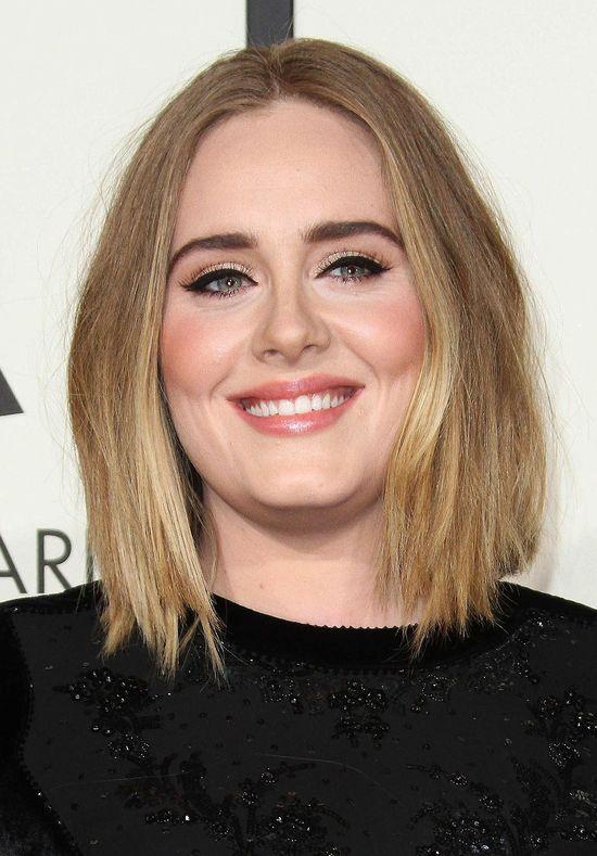 Co za zmiana! Adele ma czarne włosy i grzywkę! (FOTO)