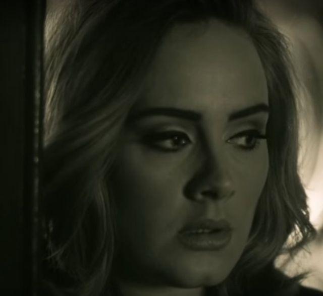 Już jest nowy teledysk Adele. Słyszeliście Hello? (VIDEO)