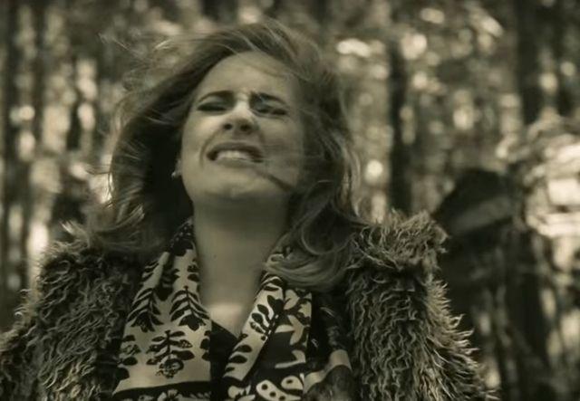 Ju� jest nowy teledysk Adele. S�yszeli�cie Hello? (VIDEO)