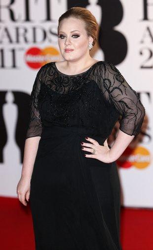Adele śpiewa piosenkę do nowego filmu o Jamesie Bondzie