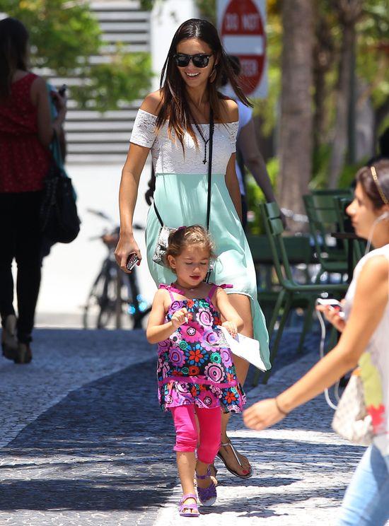 Adriana Lima w pogoni za córeczką (FOTO)