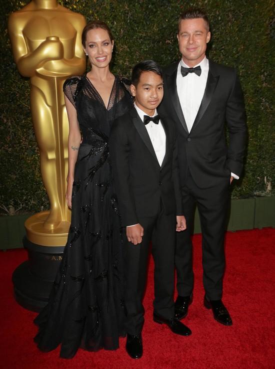 Brad Pitt zdradził Angelinę Jolie?!
