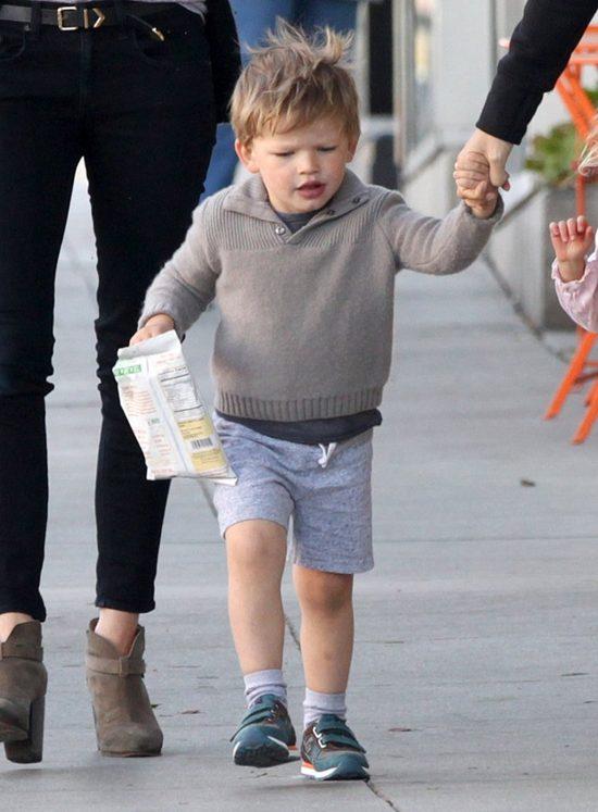 Ten chłopiec będzie miał w życiu z górki? (FOTO)