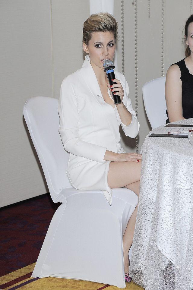 Agnieszka Popielewicz pełne ma już tylko usta (FOTO)