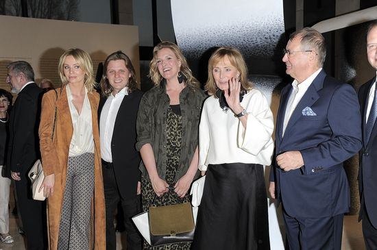 Agnieszka Szulim pozuje z całą rodziną Staraka (FOTO)