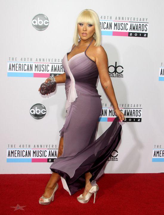 Christina Aguilera: Najlepiej si� czuj� w m�skiej bieli�nie