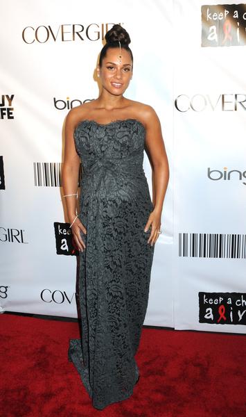 Alicia Keys z ciążowym brzuszkiem (FOTO)