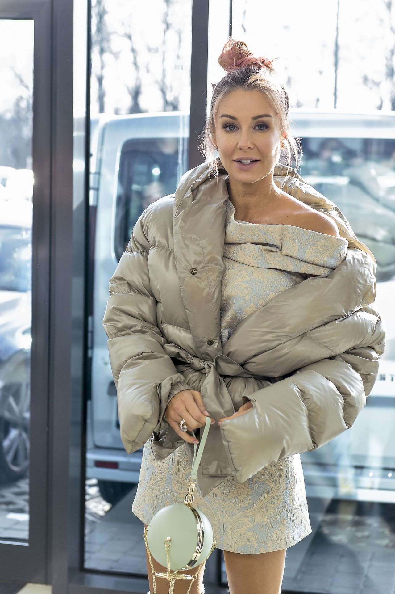 Małgorzata Rozenek-Majdan chyba bardzo polubiła FUKSJOWY - zobaczcie jej suknię