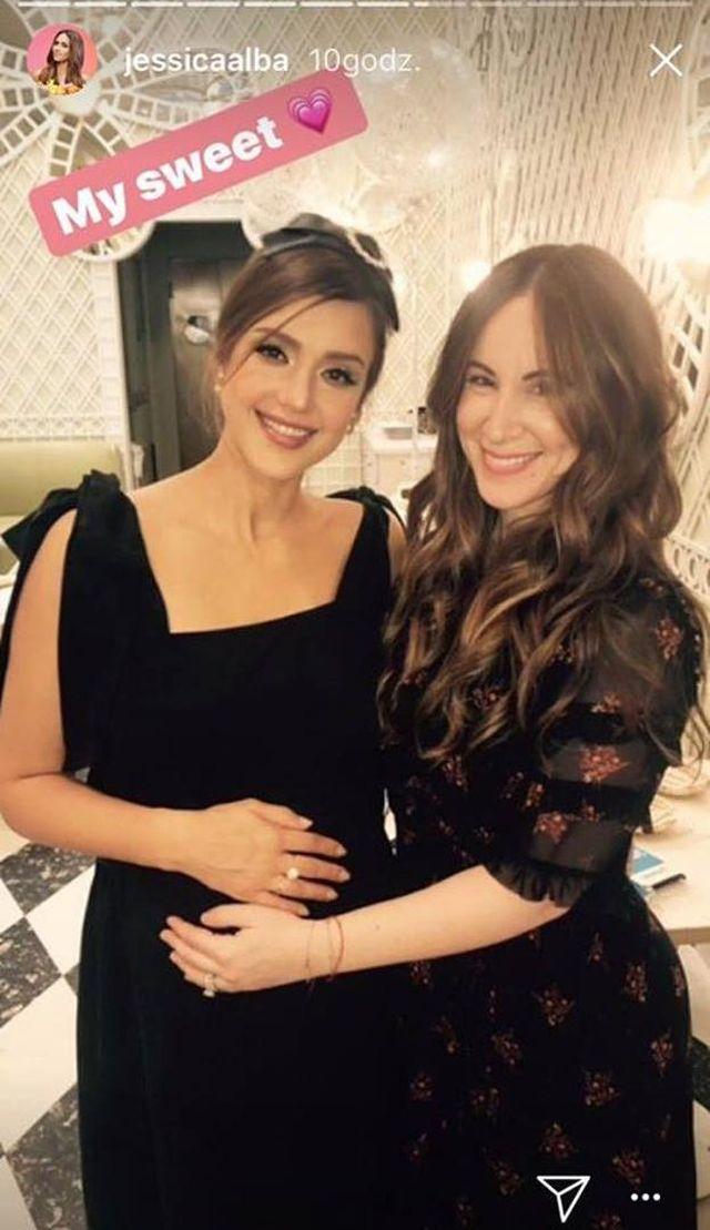 Jessica Alba urządziła baby shower (ZDJĘCIA)