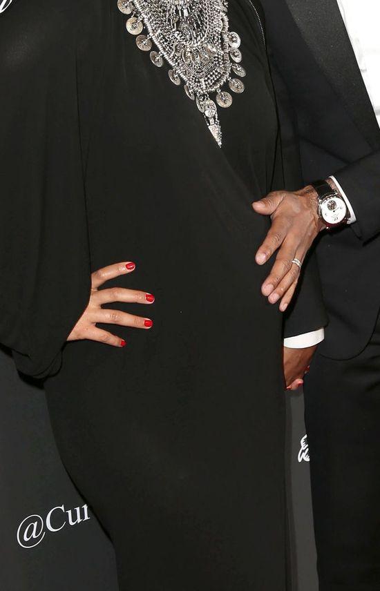 Ciężarna Alicia Keys błyszczy na salonach (FOTO)