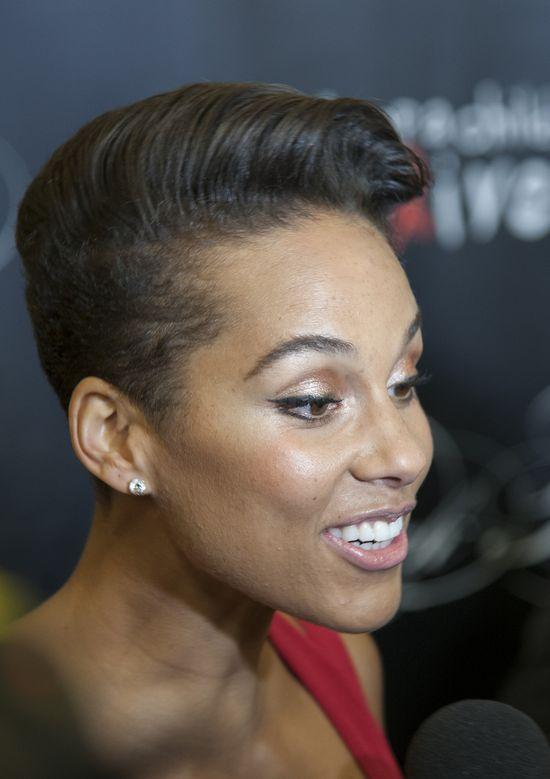 Alicia Keys przedłużyła włosy (FOTO)
