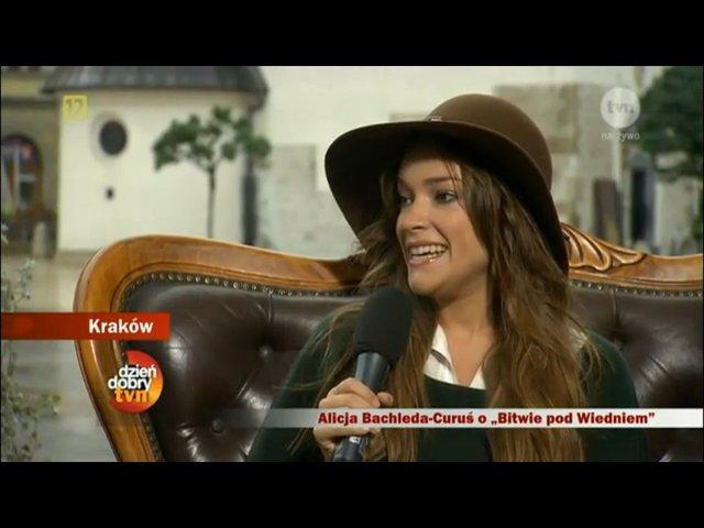 Jesienna Alicja Bachleda-Curuś w Krakowie (FOTO)