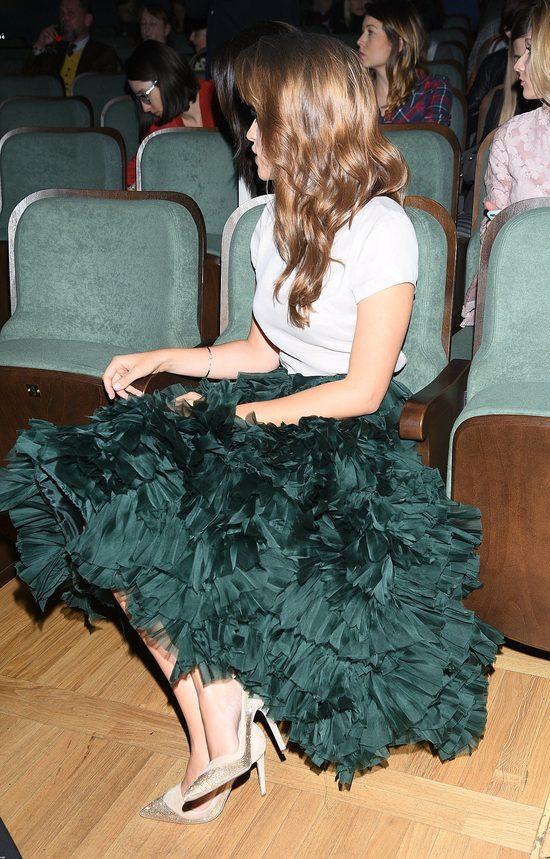 Alicja Bachleda w szmaragdowej sp�dnicy na pokazie bi�uterii