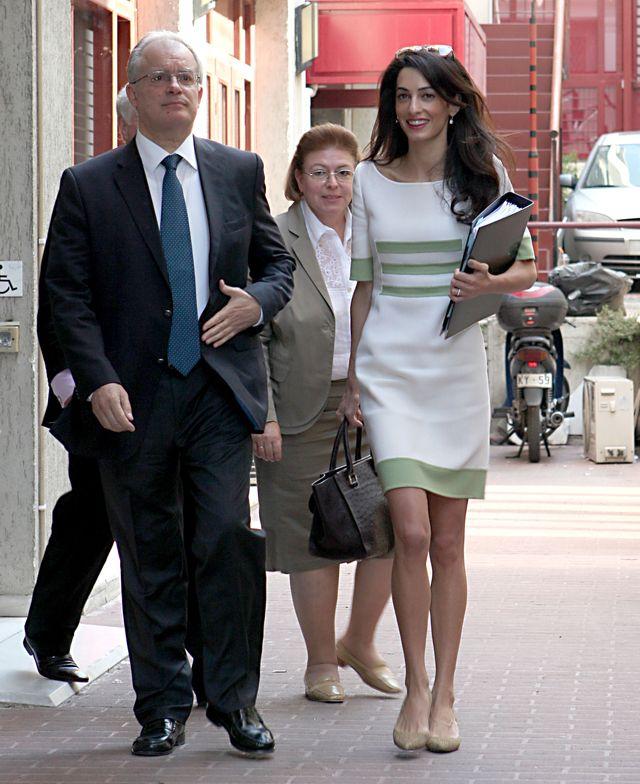 Amal Clooney - George nie zakocha� si� w kr�g�o�ciach! FOTO