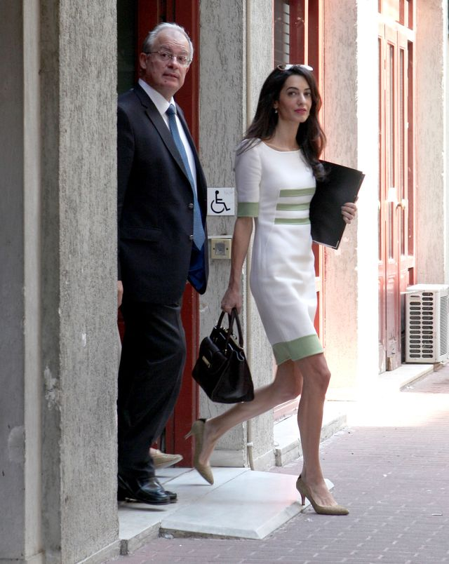 Amal Clooney - George nie zakochał się w krągłościach! FOTO