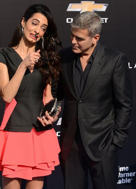 George Clooney martwi się o żonę