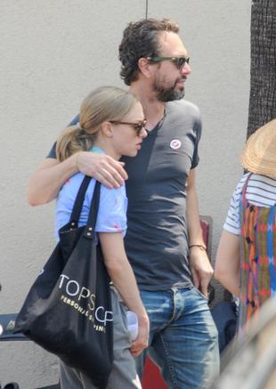 Amanda Seyfried zaręczyła się z Thomasem Sadoskim