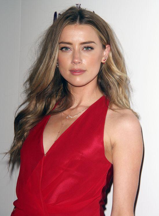 Amber Heard była symbolem seksu, dopóki nie założyła TEGO!
