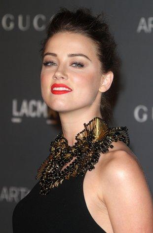A jednak! Depp romansuje z Amber Heard