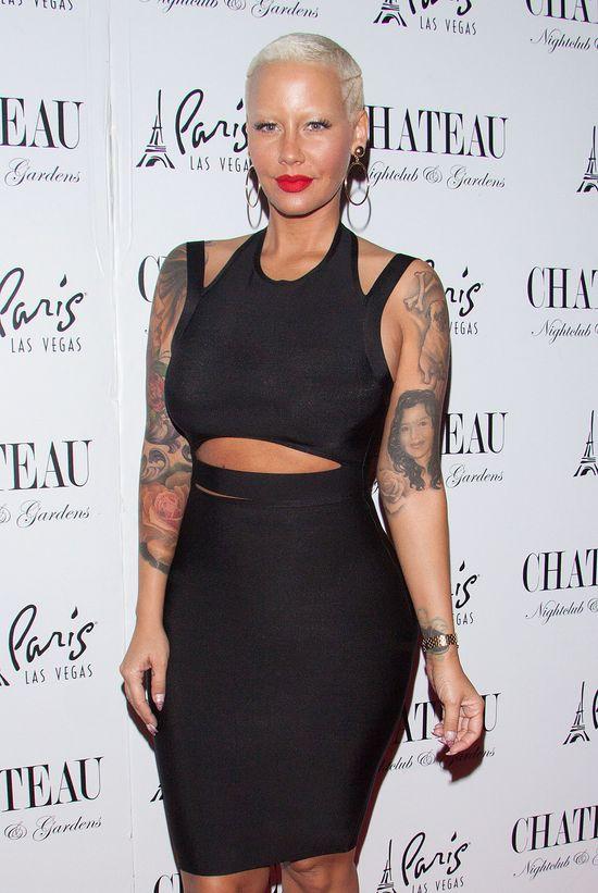 Amber Rose usunie tatua� z twarz� Wiza? (FOTO)