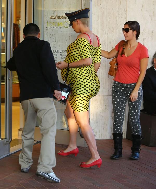 Kim mo�e tylko pomarzy� o figurze Amber Rose (FOTO)