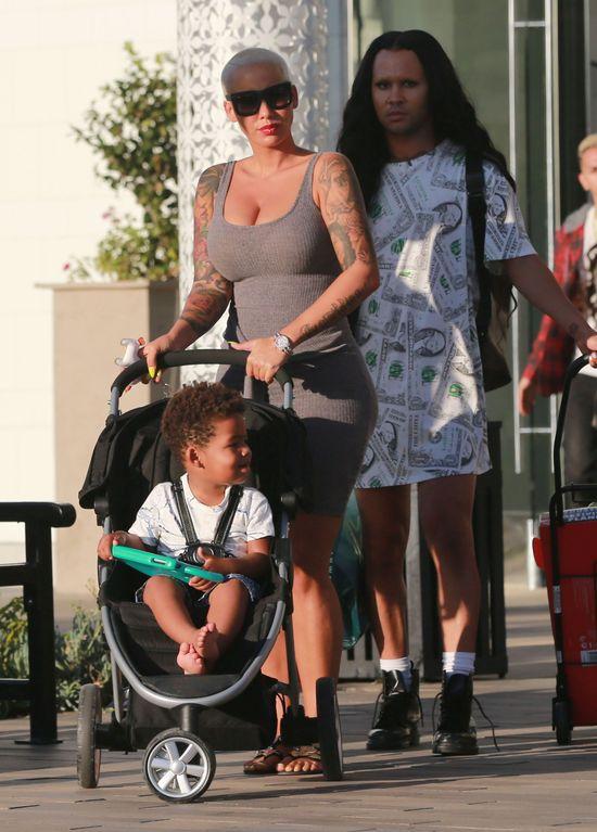 Amber Rose jak przykładna mama (FOTO)