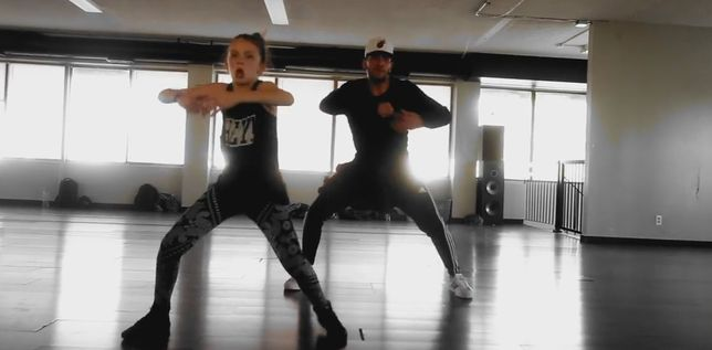 11-latka tańczy do ANAKONDY [VIDEO]