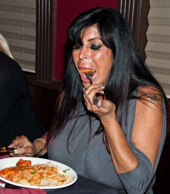 Angela Big Ang Raiola zmniejszyła biust i usta (FOTO)