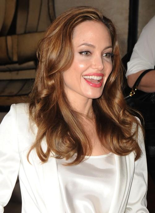 Klątwa Angeliny Jolie czy Kleopatry?