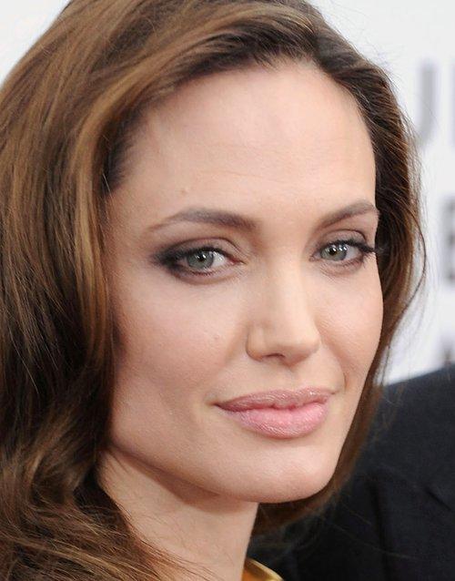 Oto sekret pi�knej cery Angeliny Jolie (FOTO)
